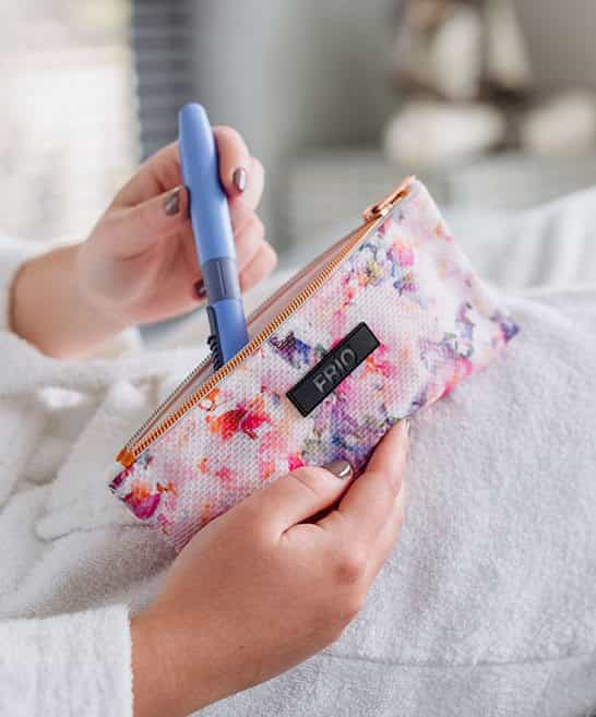 Frio blossom two Insulin Cooling wallet